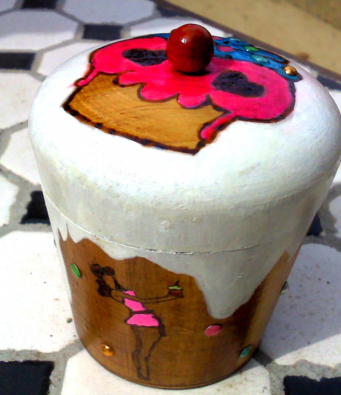 Pin Up Girl cupcake box