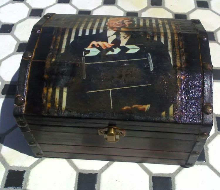 Alfred Hitchcock trunk